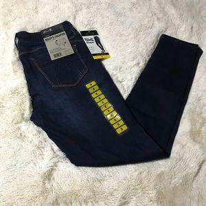 Seven7 booty shaper legging Jeans size 8
